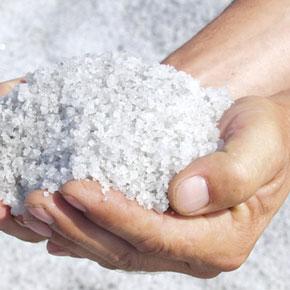 Морская соль при экземе - свойства, рецепти и действие